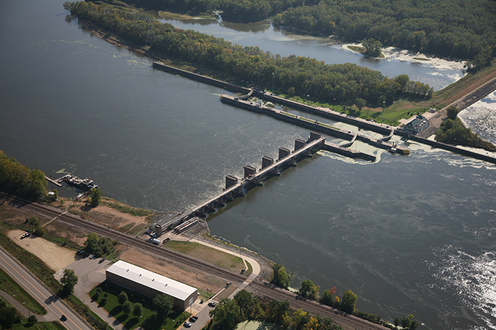 Lock and Dam 5A